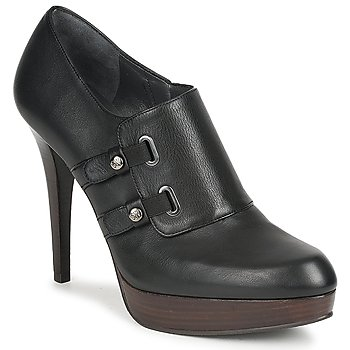 Low Boots Stuart Weitzman TWO_BUCKS