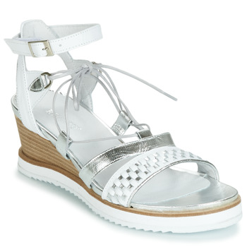 Schoenen Dames Sandalen / Open schoenen Regard RAXAF V1 TRES ALFA BLANC Wit