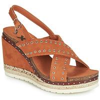 Schoenen Dames Sandalen / Open schoenen Xti 48922 Cognac