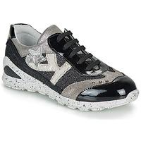 Schoenen Meisjes Lage sneakers Ikks FIONA Zwart / Zilver