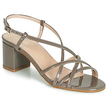 Schoenen Dames Sandalen / Open schoenen André CHIARA Taupe