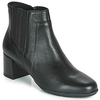 Schoenen Dames Enkellaarzen Geox D NEW ANNYA MID Zwart