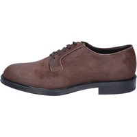 Schoenen Heren Derby & Klassiek Triver Flight classiche camoscio Marrone