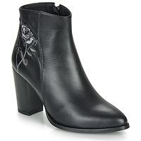 Schoenen Dames Enkellaarzen So Size BORDELO Zwart