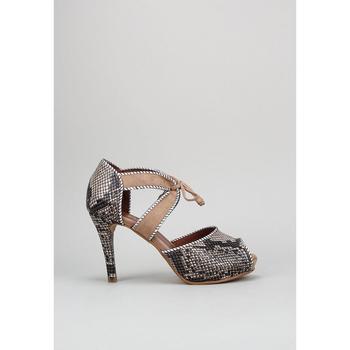 Schoenen Dames Sandalen / Open schoenen Vexed 18931 Beige
