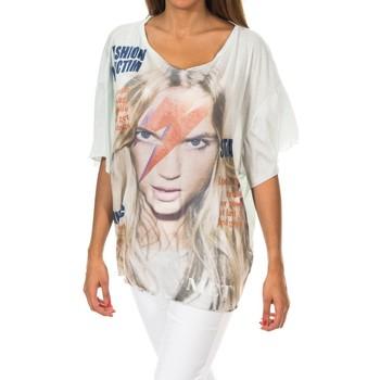 Textiel Dames T-shirts korte mouwen Met T-shirt à manches courtes Groen