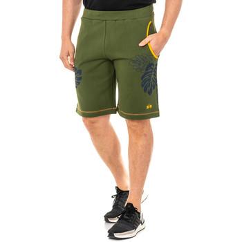 Textiel Heren Korte broeken / Bermuda's La Martina courte et sportive Groen