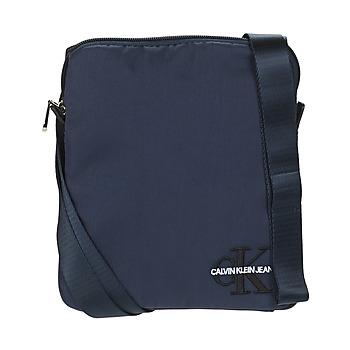 Tassen Heren Tasjes / Handtasjes Calvin Klein Jeans CKJ MONOGRAM NYLON MICRO FP Marine
