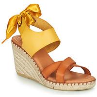Schoenen Dames Sandalen / Open schoenen Pataugas FIONA Cognac / Geel
