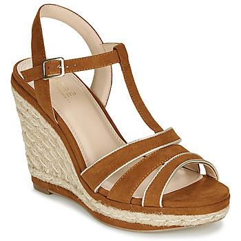 Schoenen Dames Sandalen / Open schoenen André JULY  camel