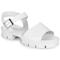 Schoenen Dames Sandalen / Open schoenen André ABRICOT Wit