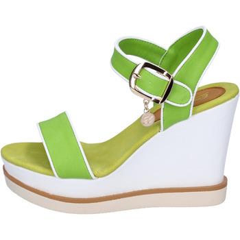 Schoenen Dames Sandalen / Open schoenen Enrico Coveri Sandales BP388 Vert