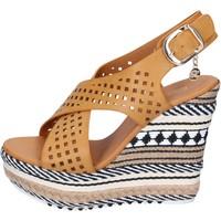 Schoenen Dames Sandalen / Open schoenen Enrico Coveri Sandales BP392 Marron