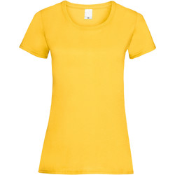 Textiel Dames T-shirts korte mouwen Universal Textiles 61372 Goud