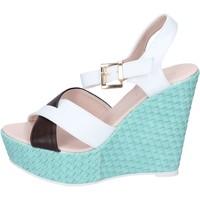 Schoenen Dames Sandalen / Open schoenen Solo Soprani Sandales BN646 Blanc