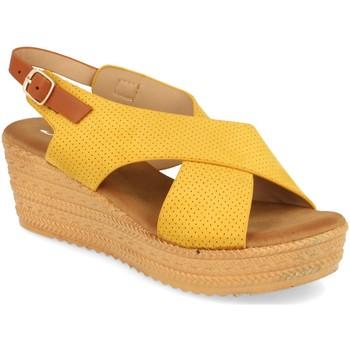 Schoenen Dames Sandalen / Open schoenen Festissimo F20-22 Amarillo
