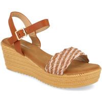 Schoenen Dames Sandalen / Open schoenen Festissimo F20-25 Camel
