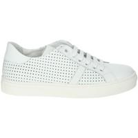 Schoenen Jongens Lage sneakers A.r.w. 6431 White