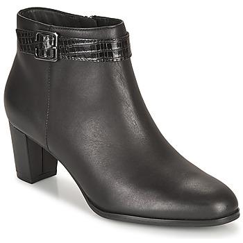 Schoenen Dames Enkellaarzen Clarks KAYLIN60 BOOT Zwart