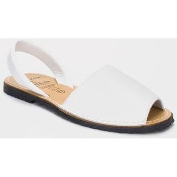 Schoenen Heren Sandalen / Open schoenen Avarca Cayetano Ortuño Avarcas menorquinas de hombre by C. Ortuño Blanc