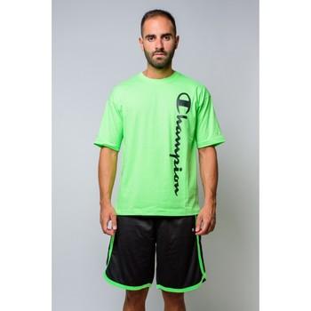 Textiel Heren T-shirts korte mouwen Champion T-shirt met ronde hals 214233 Groen