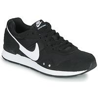 Schoenen Dames Lage sneakers Nike VENTURE RUNNER Zwart / Wit