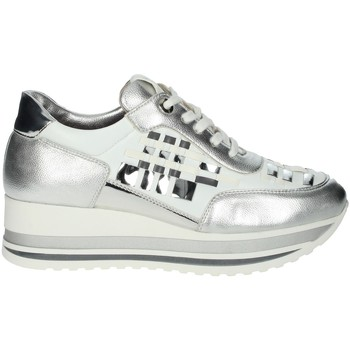 Schoenen Dames Lage sneakers Comart 1A3385 White/Silver