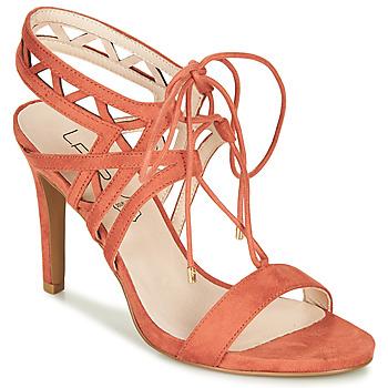 Schoenen Dames Sandalen / Open schoenen Les Petites Bombes MACHA Corail