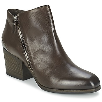 Schoenen Dames Low boots Vic ASSINOU Brown