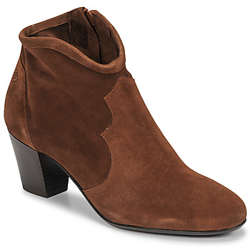Schoenen Dames Enkellaarzen Betty London NORIANE  camel / Velours