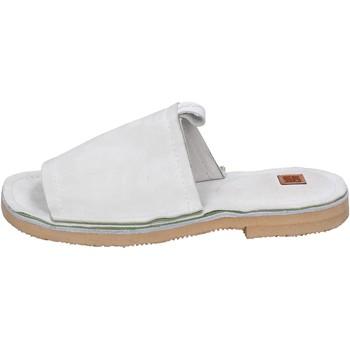 Schoenen Dames Leren slippers Moma BK121 Blanc