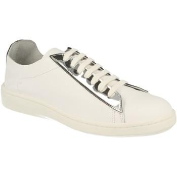 Schoenen Dames Lage sneakers Feuchas FEBR01 Plata