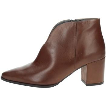 Schoenen Dames Enkellaarzen Paola Ferri D4676 Brown
