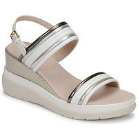 Schoenen Dames Sandalen / Open schoenen Lumberjack ELAINE Wit / Beige