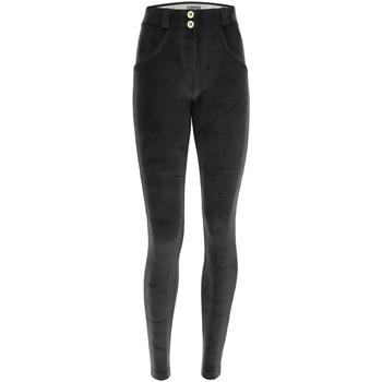 Textiel Dames Broeken / Pantalons Freddy WRUP1RC010 Zwart