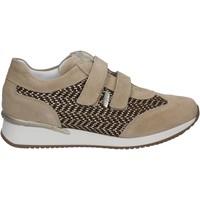 Schoenen Dames Lage sneakers Keys 5003 Beige
