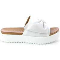 Schoenen Dames Leren slippers Grunland CI1519 Wit
