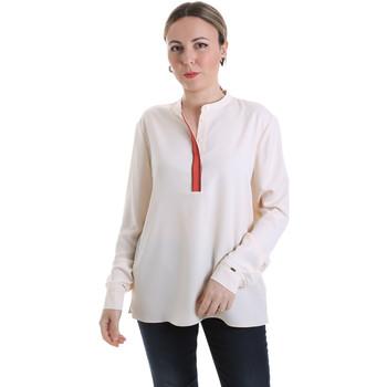 Textiel Dames Tops / Blousjes Calvin Klein Jeans K20K201722 Beige