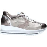 Schoenen Dames Lage sneakers Comart 1A3467ST Beige