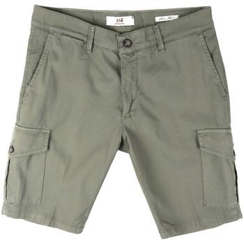 Textiel Heren Korte broeken / Bermuda's Sei3sei PZV130 8157 Groen