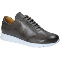 Schoenen Heren Lage sneakers Exton 333 Grijs