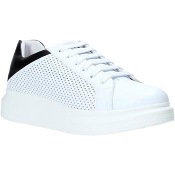 Schoenen Heren Lage sneakers Rocco Barocco N5.3 Blanc