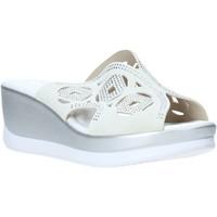 Schoenen Dames Leren slippers Valleverde 32150 Blanc
