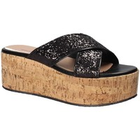 Schoenen Dames Leren slippers Fornarina PE18RO2916 Zwart
