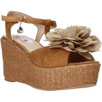 Schoenen Dames Sandalen / Open schoenen Love To Love GIN575 Bruin