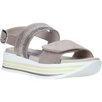 Schoenen Dames Sandalen / Open schoenen Comart 053395 Beige