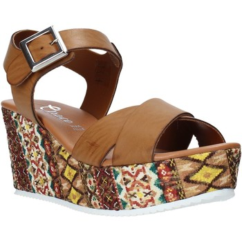 Schoenen Dames Sandalen / Open schoenen Grace Shoes 13 Bruin