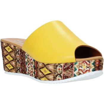 Schoenen Dames Leren slippers Grace Shoes 10 Geel
