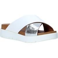 Schoenen Dames Leren slippers Bueno Shoes 9N3408 Wit