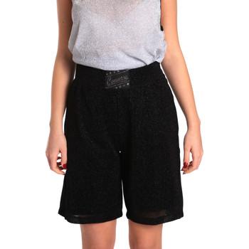 Textiel Dames Korte broeken / Bermuda's Converse 10007418 Zwart
